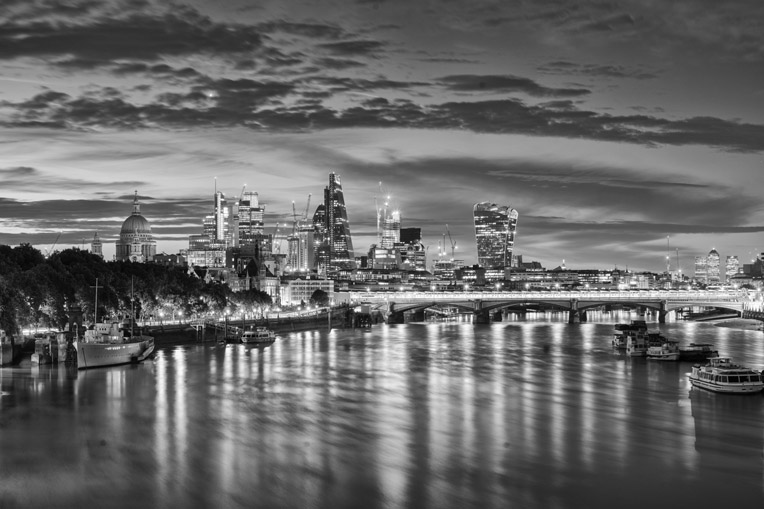 London Cityscapes – The City of London over the Waterloo Bridge