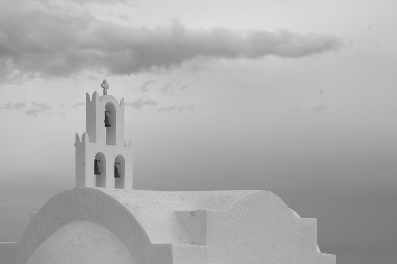 Black and white photo of church near emborio on Santorini