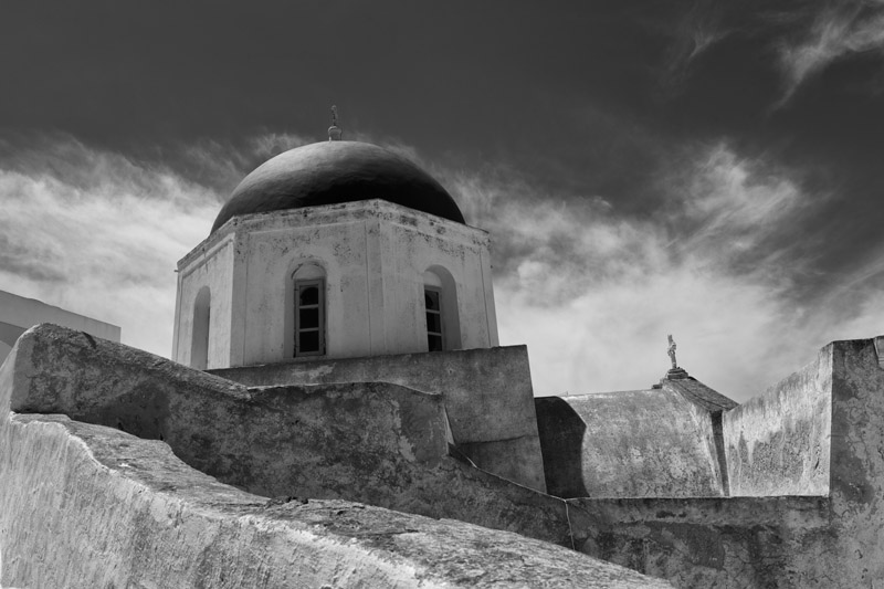 Black and white photo of Church at Megalachori on Santorini