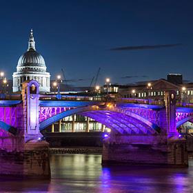 Photographs of London Bridges