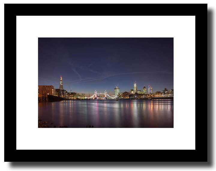 Framed colour print of London Skyline as a gift