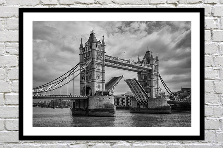 Retirement gift art print of Tower Bridge