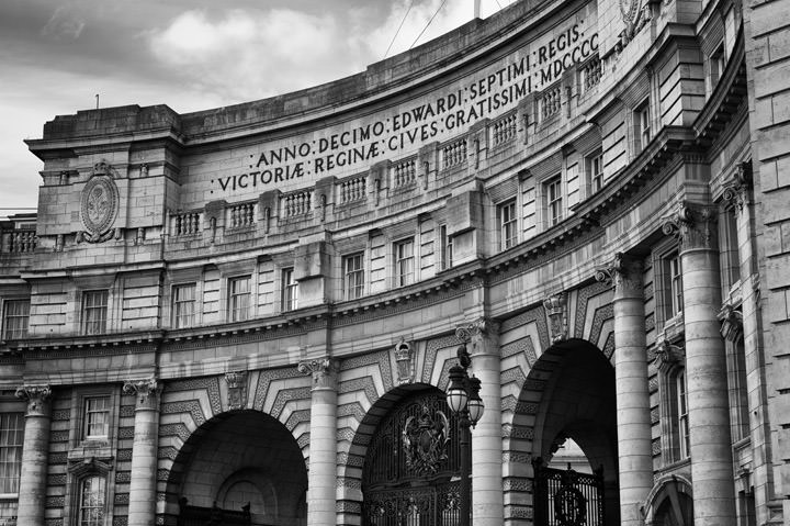 Photograph of Admiralty Arch 2