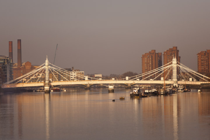 Photograph of Albert Bridge 18