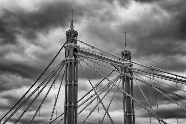 Photograph of Albert Bridge 24