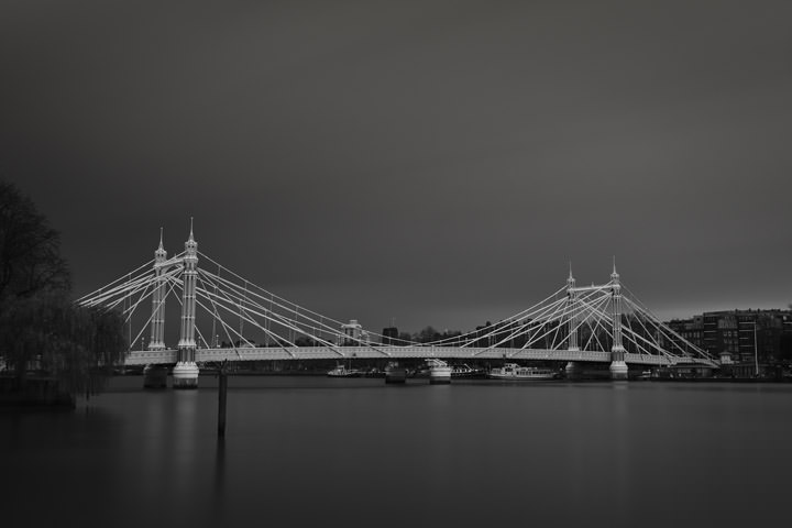 Photograph of Albert Bridge 51