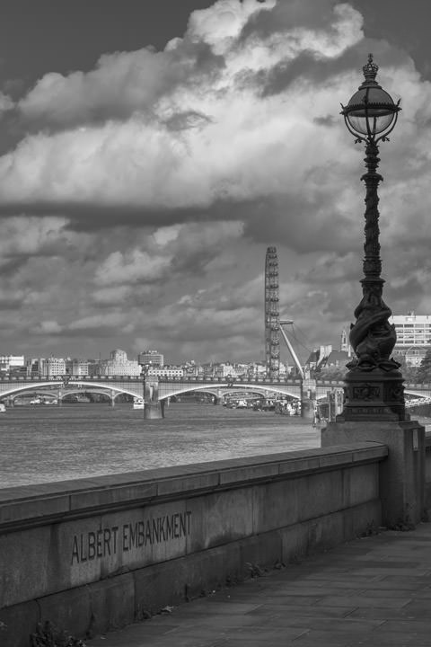 Photograph of Albert Embankment 2