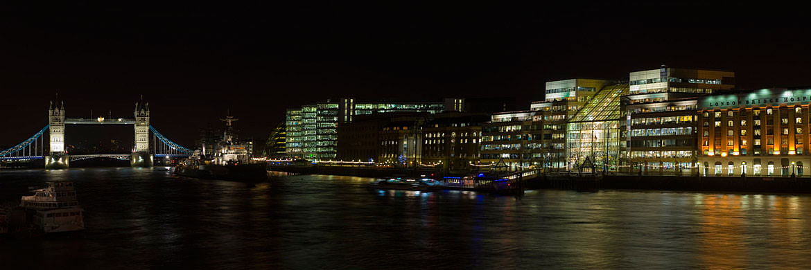 Bankside panorama on River Thames at Southwark