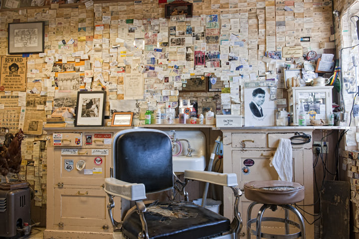 Photograph of Barber Shop - Route 66