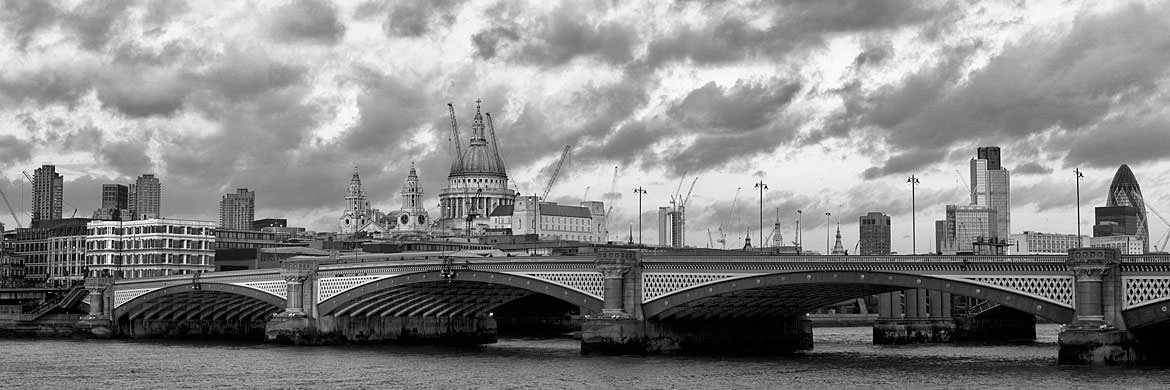 Photograph of Blackfriars Bridge and the City skyline 1
