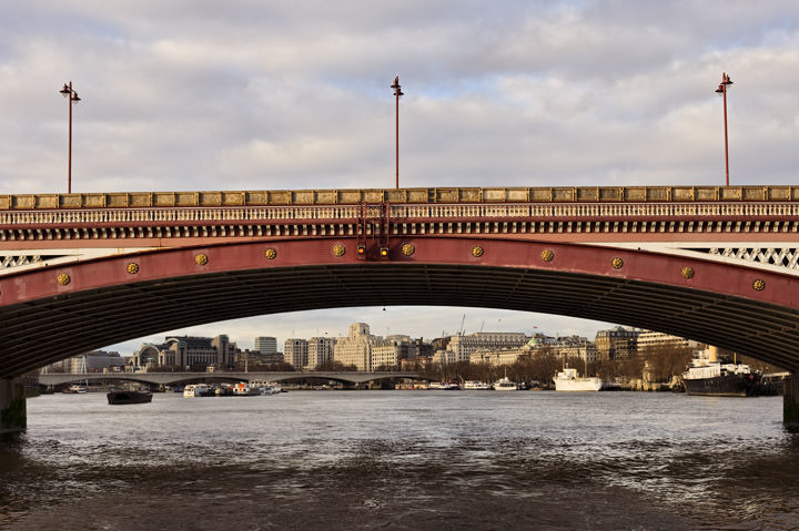 Photograph of Blackfriars Bridge