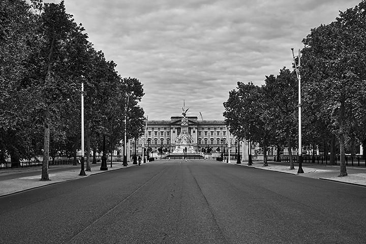 Photograph of Buckingham Palace 14