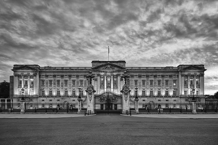 Photograph of Buckingham Palace 17