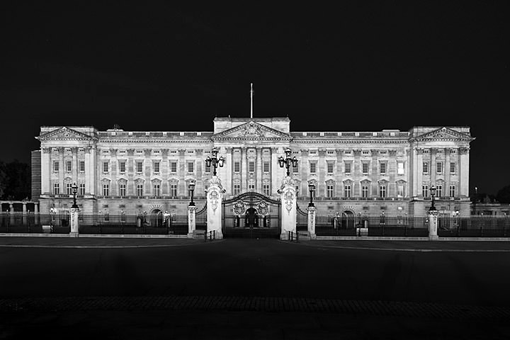 Photograph of Buckingham Palace 19