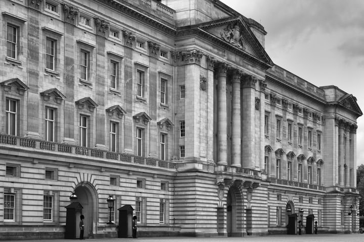 Photograph of Buckingham Palace 8