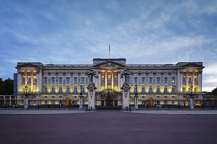 Photograph of Buckingham Palace Dusk 1