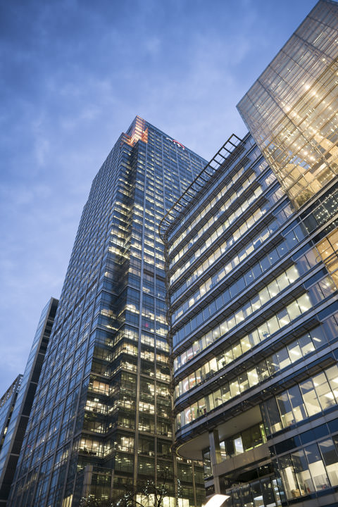 Photograph of Canary Wharf 73