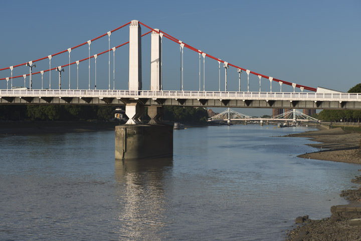 Photograph of Chelsea Bridge 17
