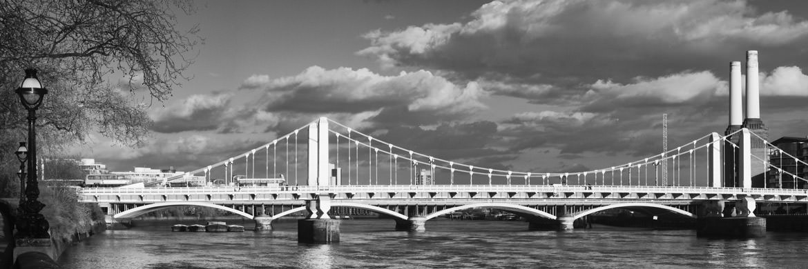 Photograph of Chelsea Bridge 3