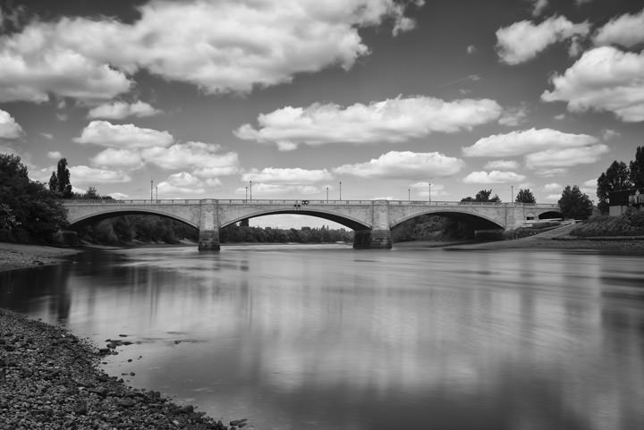 Photograph of Chiswick Bridge 3