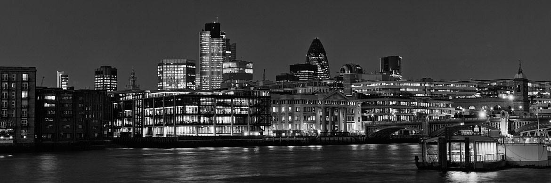 Black and White Panoramic Photographs of London Skyline | 1170 x 390 jpeg 99kB