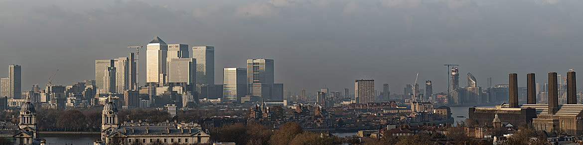 Photograph of City Skyline from Greenwich 3