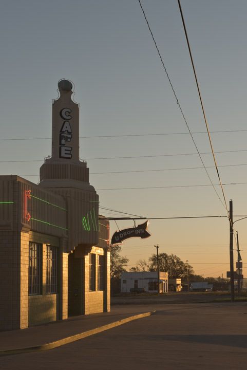 Photograph of Conoco Tower  7