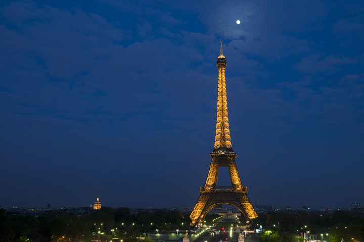 Photograph of Eiffel Tower 13