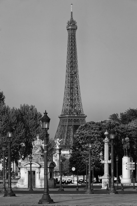 Photograph of Eiffel Tower 3