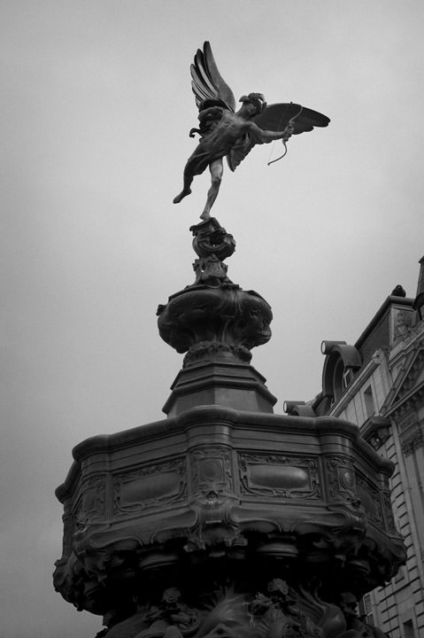 Photograph of Eros - Piccadilly