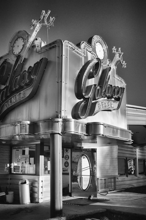 Photograph of Galaxy Diner - Route 66
