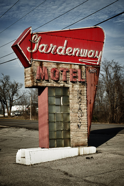 Photograph of Gardenway Motel Sign