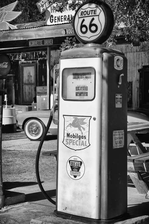 Photograph of Gas Pump 1  - Route 66