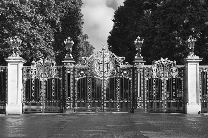 Photograph of Gates -  Green Park