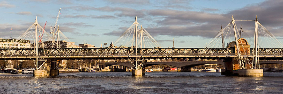 Photograph of Golden Jubilee Bridge 2