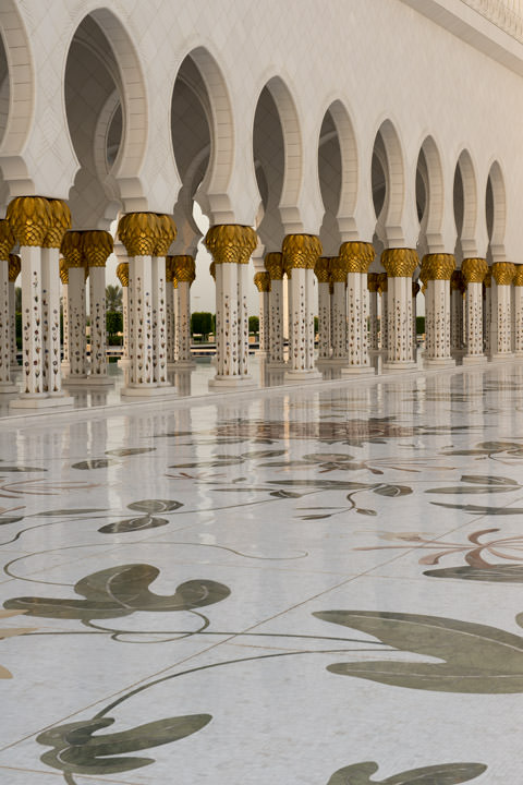 Photograph of Grand Mosque  - Abu Dhabi 25