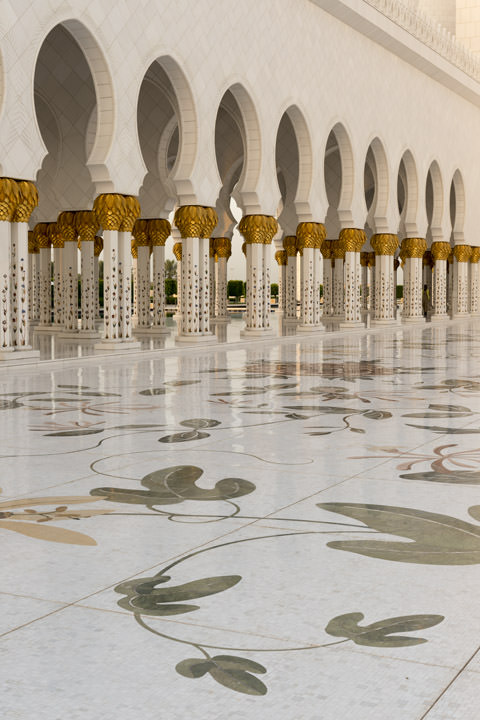 Photograph of Grand Mosque  - Abu Dhabi 26