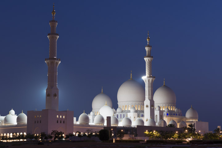 Photograph of Grand Mosque  - Abu Dhabi 3