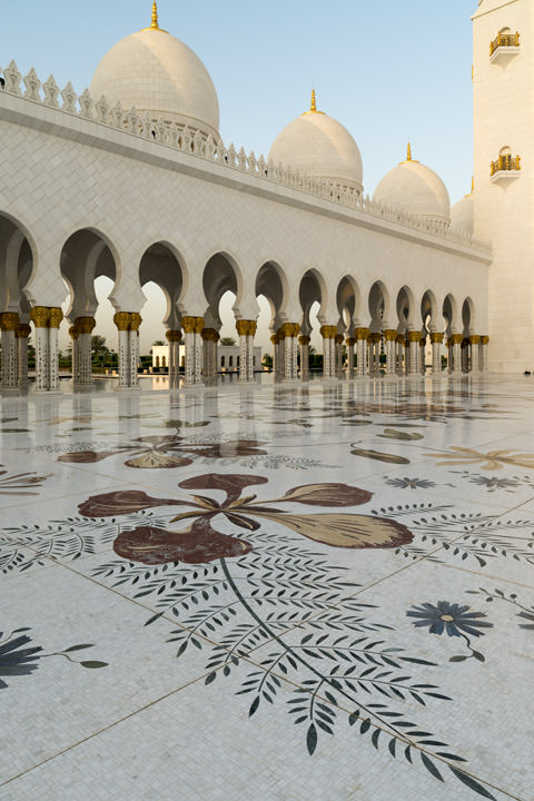 Photograph of Grand Mosque  - Abu Dhabi 43
