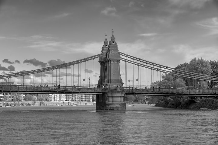 Photograph of Hammersmith Bridge 16