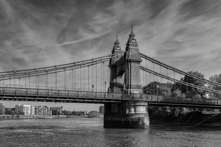 Photograph of Hammersmith Bridge 17