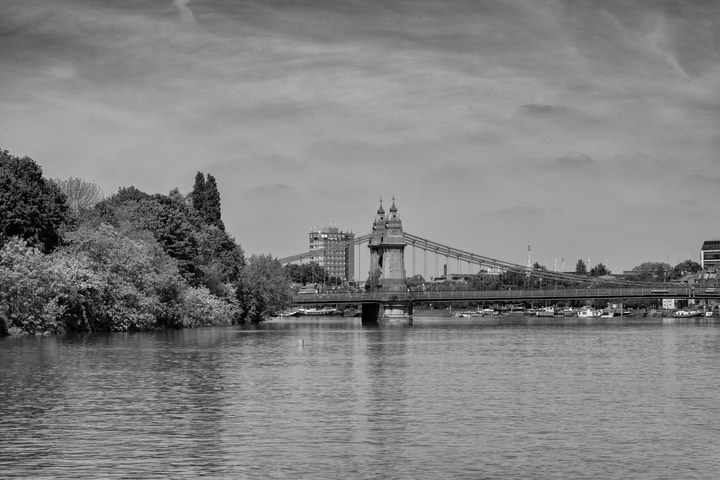 Photograph of Hammersmith Bridge 18