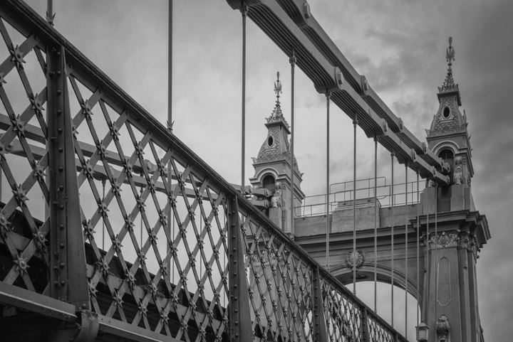 Photograph of Hammersmith Bridge 3