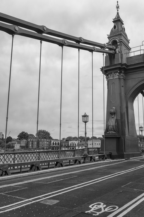 Photograph of Hammersmith Bridge 4