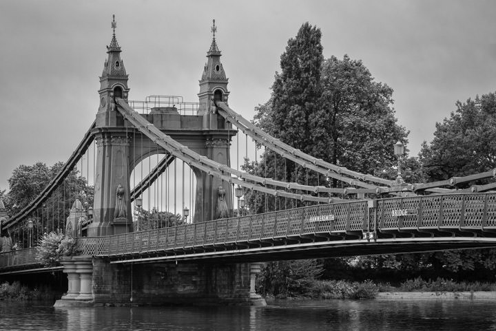 Photograph of Hammersmith Bridge 9