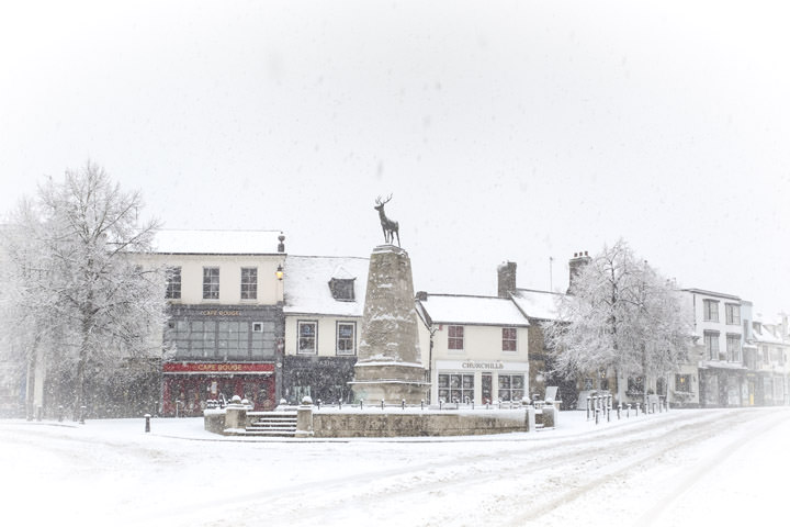 Parliament Square Hertford during a snowstorm