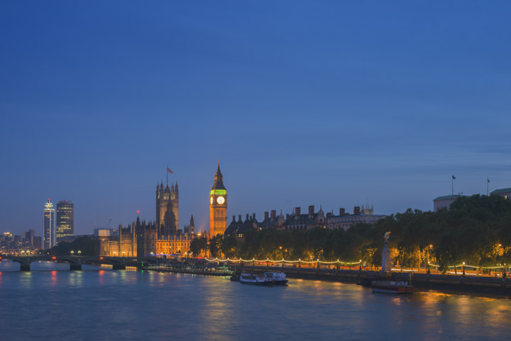 Photograph of Houses of Parliament 32