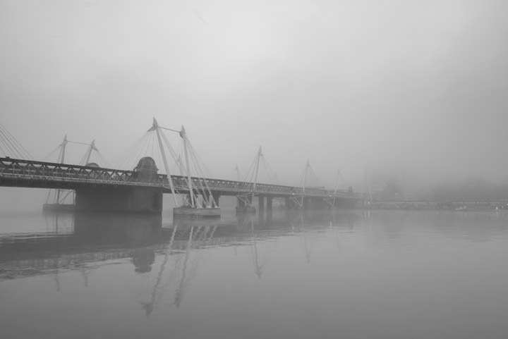 Photograph of Jubilee Bridge 8