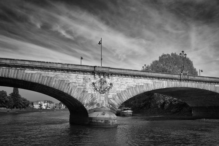 Photograph of Kew Bridge 5