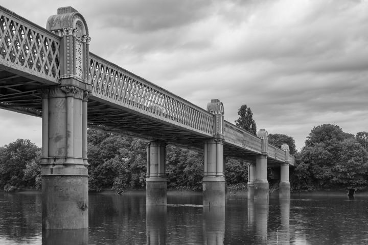 Photograph of Kew Railway Bridge 1